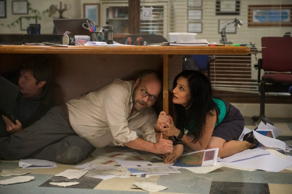 Giamatti and Panjabi:  both regretting they hadn't gone for the next range up at IKEA